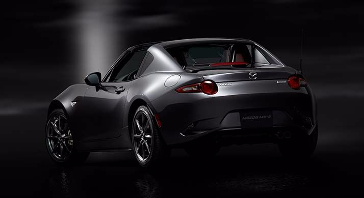 Mazda debuts new Mazda MX-5 with retractable hardtop